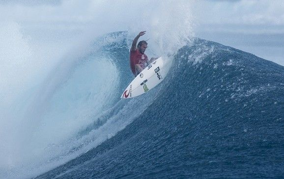 Perfect heat for Owen Wright in Round 5 of the Fiji Pro