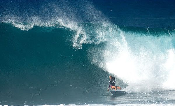 Bethany Hamilton placed third in the Womens Pipe Invitational.
