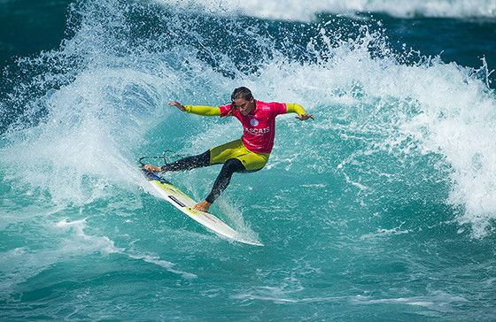Courtney Conlogue of the USA (pictured) winning her Quarterfinal heat during the Cascais Womens Pro at Guincho, Portugal on Saturday September 26, 2015.