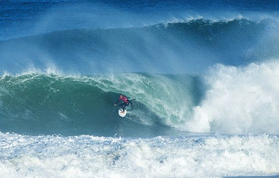 Kelly Slater of the USA (pictured) winning his Round 2 heat at the QUiksilver Pro France on Friday October 9, 2015.