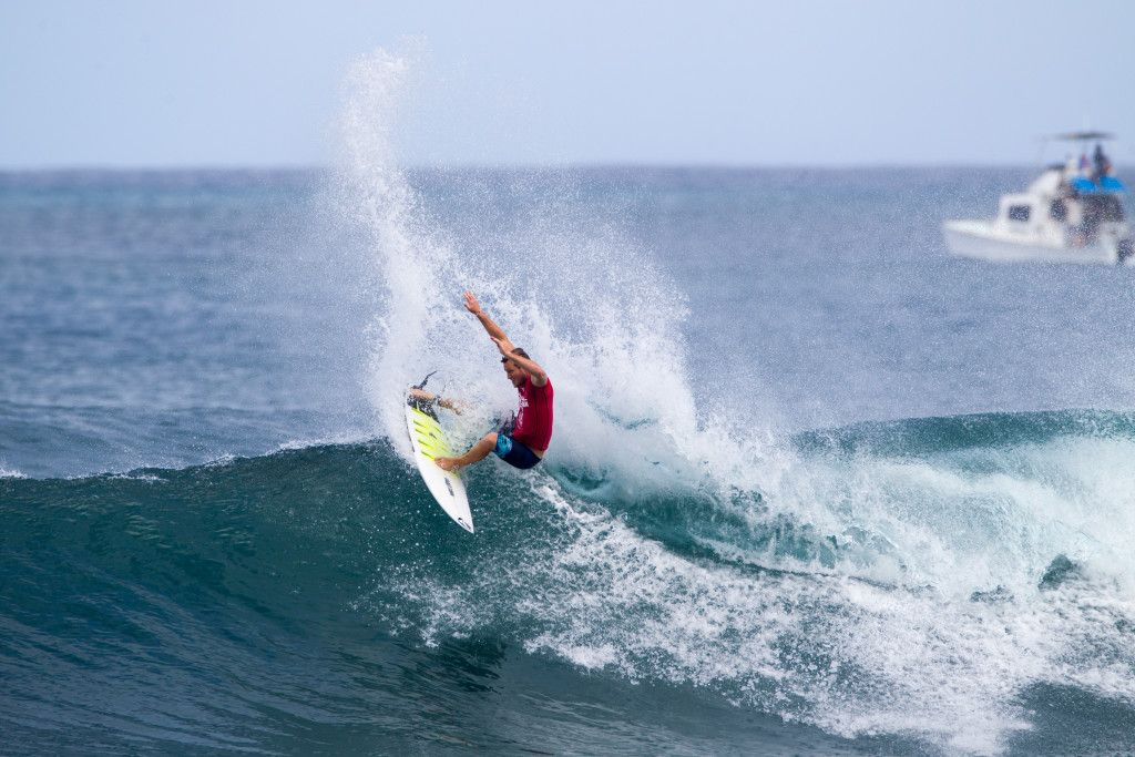 Dusty Payne of Hawaii advances to the final round of the Hawaiian Pro