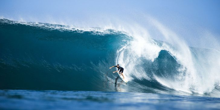 The Da Hui Shootout Sees Another Epic Round Of Action In Memory Of - 16 epic surfing photos