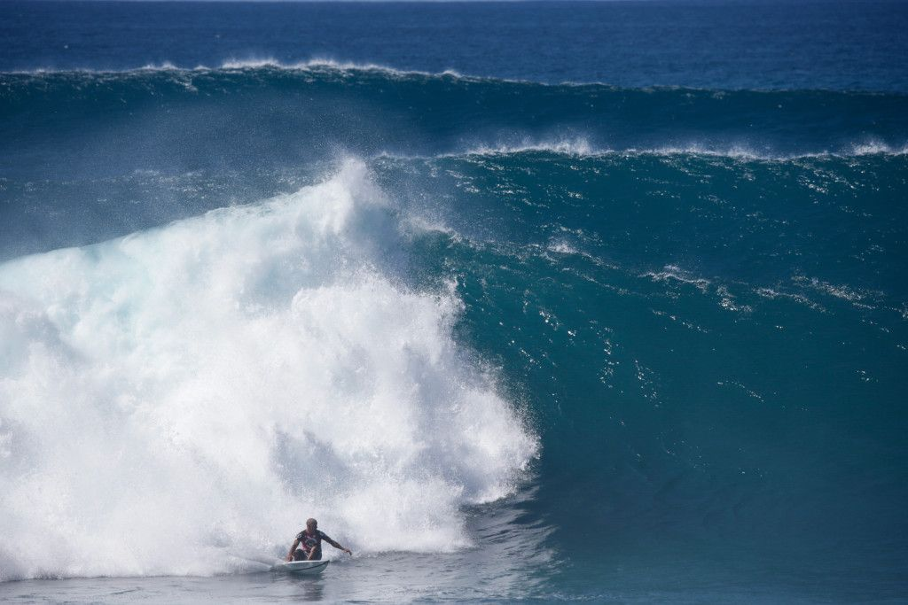 volcom pipe pro day 2