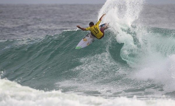 Adriano De Souza of Brasil winning his Round 2 heat at the Quiksilver Pro Gold Coast.