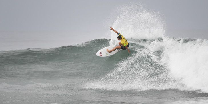 Tyler Wright winning Heat 3 of Round Two at the Swatch Women's Pro.