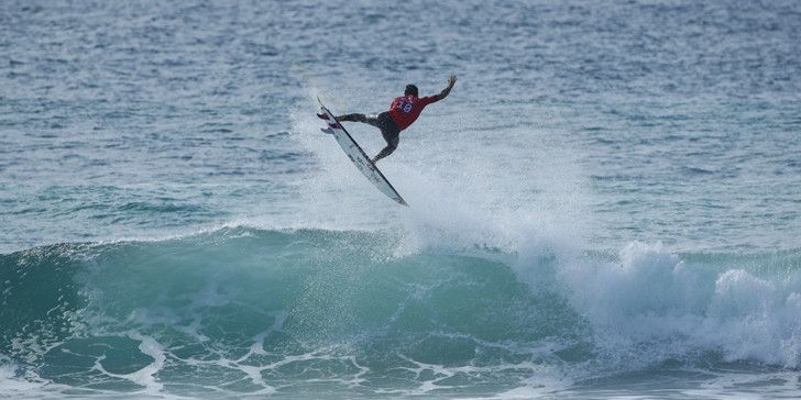Gabriel Medina during the quarterfinals of the Quiksilver Pro France