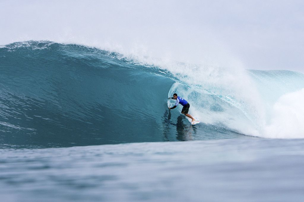 e3626e0899f5f1 2016 World Champ  Adriano de Souza of Brasil (pictured) advancing to Round  Three of this Billabong Pipe Masters after winning his Round Two heat at  Pipeline ...