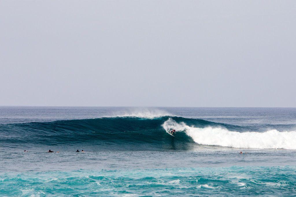 ed313a8d443594 BIG WAVE FIGURE BILLY KEMPER ADVANCES AT HIC PRO